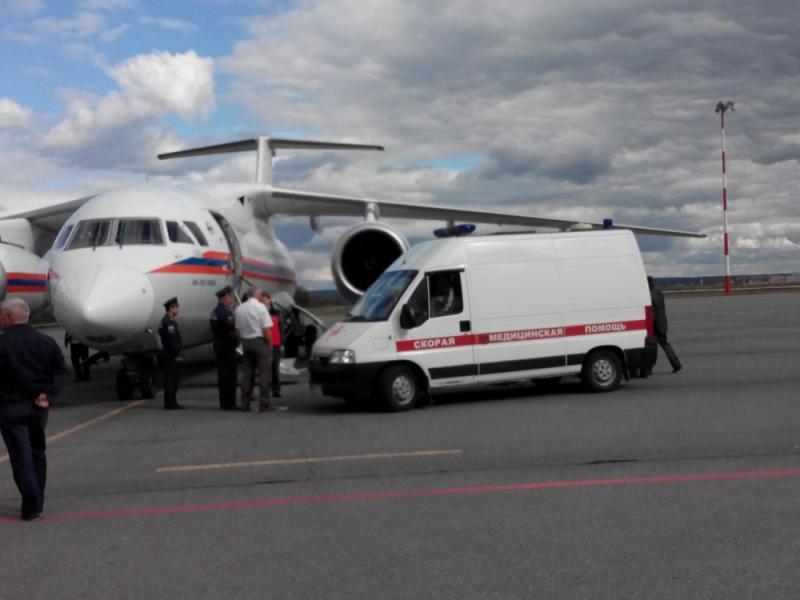 Борт МЧС доставил налечение вПетербург ребенка изПензы
