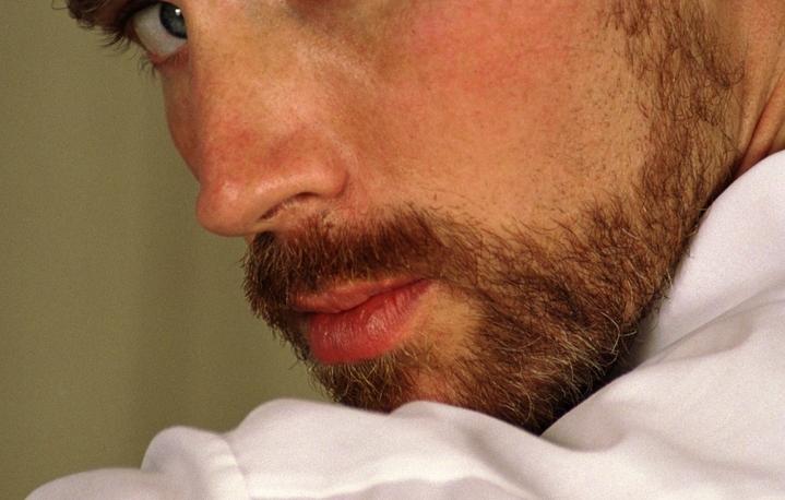 Ученые: бородатые мужчины кажутся женщинам неменее надежными
